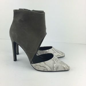 Steve Madden Gray Cut Out Booties Snakeskin Toes